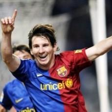 322 ميسي ونيمار يقودان برشلونة للفوز على ريال سوسييداد