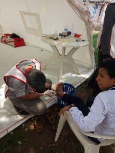 4107 225x300 جمعية الهلال الأحمر تقيم خيام أسعافية خلال أيام عيد الاضحى المبارك في منتزهات وشواطى الحديدة
