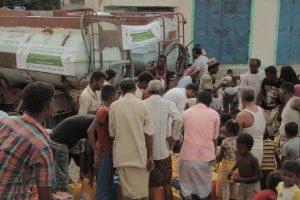 4442 300x200 مؤسسة صلة التنموية تدشن مشروع أغاثة المتضررين من المياة بالحديدة