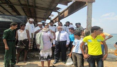 516 عودة 81 صيادا يمنيا كانت تحتجزهم اريتريا الى ميناء الصليف بالحديدة