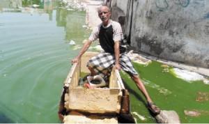 55555 300x178  رئيس المجلس المحلي بالحوك بالحديدة يطالب المحافظ  بالنظر الى معاناتهم بعد تردي وضع النظافة والمجاري في المديرية