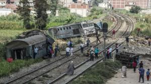 59900cf4d43750ac3a8b45672 300x168 الكشف عن تفاصيل وفاة مستشار وزير النقل المصري بعد حادث اصطدام قطارين