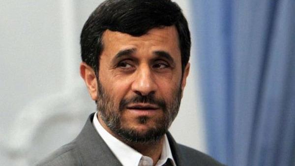 76 مسؤول في مجلس الشورى يلمح إلى اعتقال أحمدي نجاد