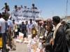 صنعاء : برنامج الإغاثة الوطني ينفذ حملة إغاثية للنازحين من منطقة بني حوات بالمطار