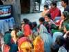 كيف تساعد بوليوود الملايين في الهند في تعلم القراءة؟