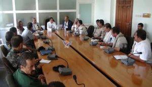 818 300x171 مناقشة مستوى تنفيذ الخطة الأمنية بمحافظة الحديدة