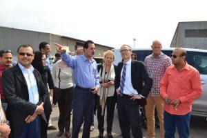 DSC 9729 300x200 السفير الهولندي يزور ميناء الحديدة ويبدي إستعداد بلادة في دعم المشاريع التنموية في اليمن