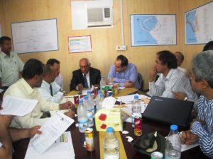 IMG 0887 300x225  البنك الدولي يهدد برنامج مدن الموانئ بسحب مشروع ميناء الصيد السمكي بالحديدة