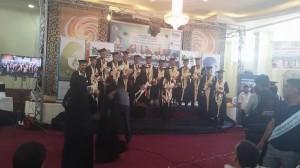 bf943cdf ed11 44ce 92a2 ed49046397c2 300x168 كلية التربية الخاصة بجامعة اليمن تحتفل بتخرج الدفعة الثالثة قسم حاسوب دفعة (عشاق المستحيل)