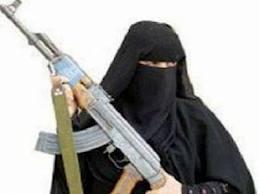 images(5)  الحديدة : إمرأة تطلق الرصاص على جارتها بسبب خلافات وتختبئ بمنزلها وأطقم أمنية تحاصر منزلها