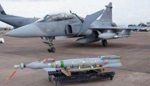 images 600 08 22 16 4664366 300x173 مطالبات بوقف بيع الأسلحة للنظام السعودي
