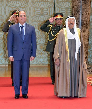 kwit1 السيسي يصل الكويت في أول زيارة منذ توليه السلطة