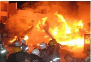 yp19 07 2013 597933 300x205 حريق بمخازن مفروشات بالحديدة يخلف خسائر مادية كبيرة